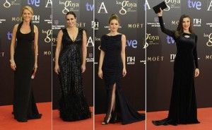 Look total black elegido por algunas celebrities