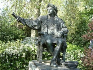 Christopher_Columbus_-_Bronze_-_Belgrave_Square_-_London